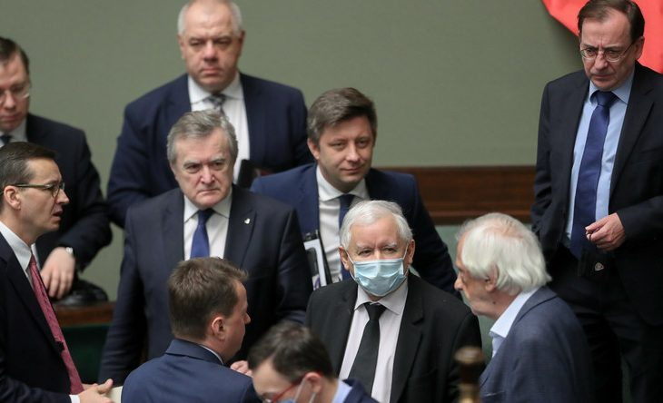 100 spółek. Tak Kaczyński i jego ludzie opanowali najważniejsze państwowe firmy